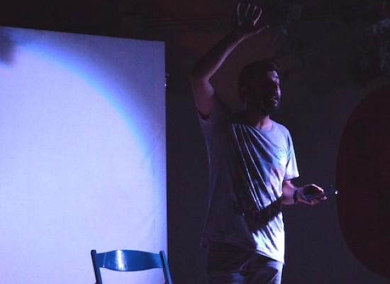 Vittorio Continelli incanta il pubblico dell'Open Source con i miti sulle costellazioni