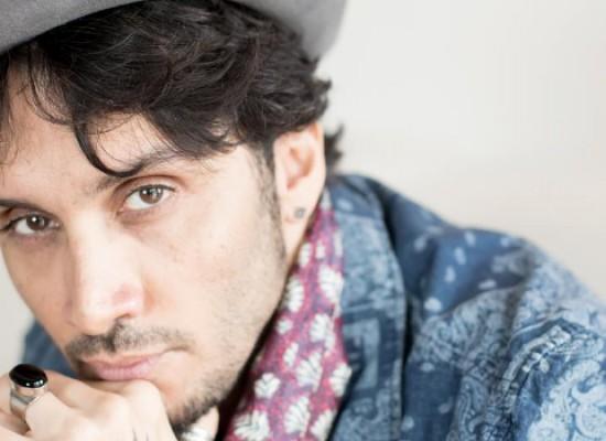 """""""Tour delle Girandole 2015"""" – Fabrizio Moro in concerto al Teatro Mediterraneo"""