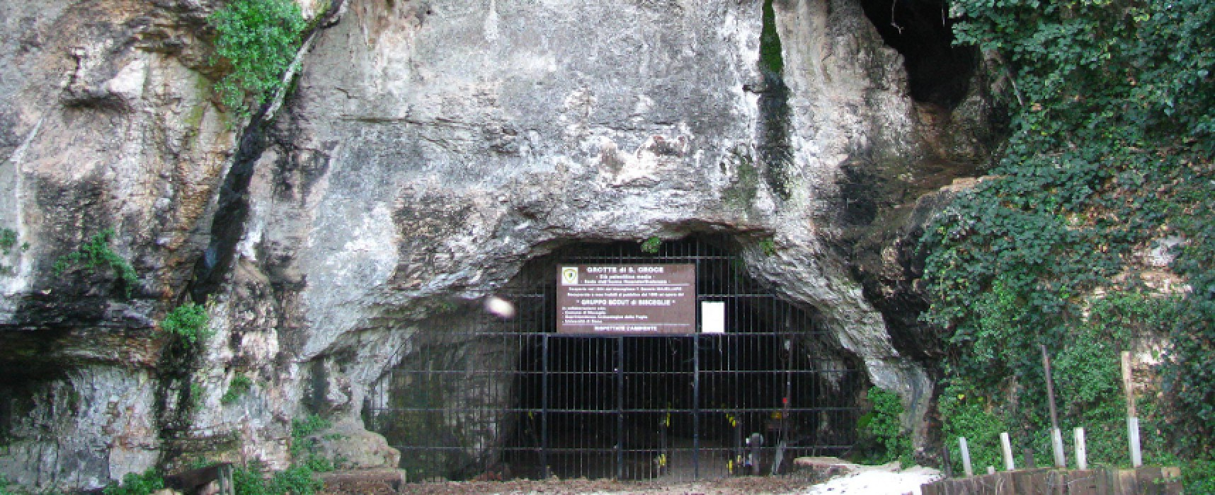 Grotte di Santa Croce, il Comune decreta la riapertura per accertamenti