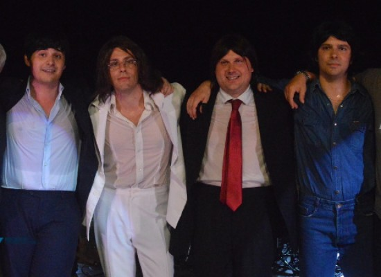 I  Blackpool riportano in vita il mito dei Beatles, gran successo per la tribute band barese /FOTO