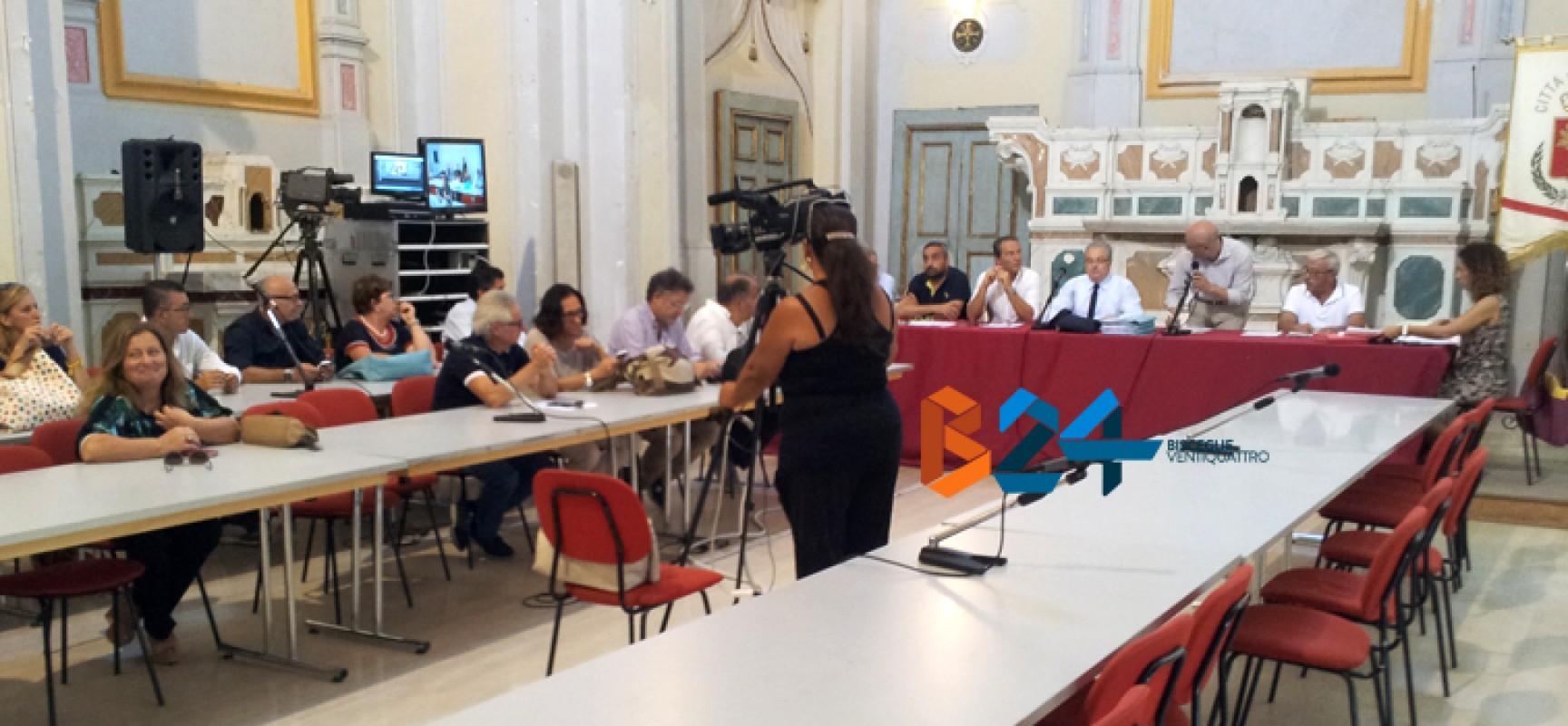 """Scintille in consiglio comunale, Angarano: """"Metodo antidemocratico"""", Di Pierro: """"Sei offensivo"""""""