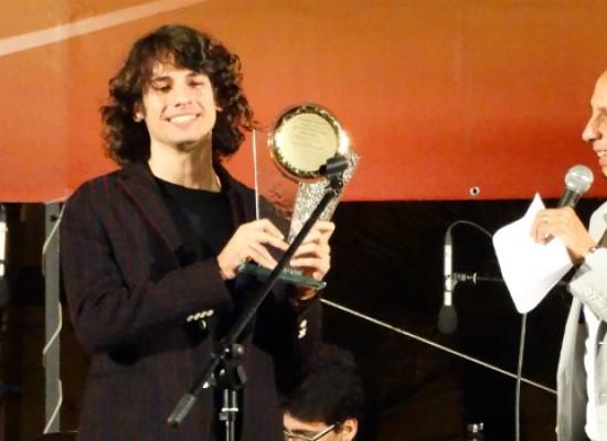 Il biscegliese Giuseppe De Candia e il suo gruppo trionfano al Bisceglie Band Festival / FOTO