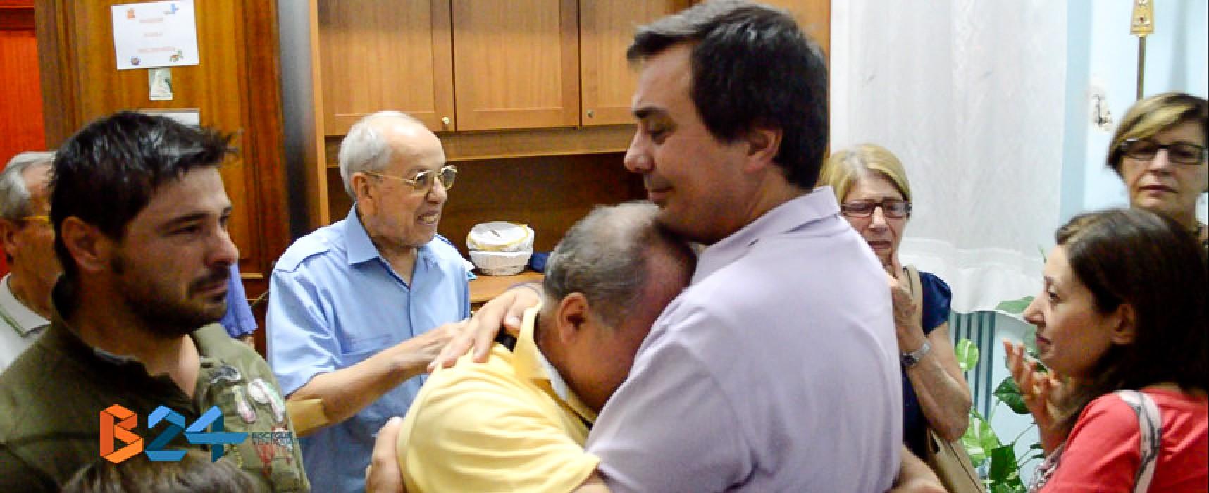Tristezza e delusione: le reazioni dei fedeli alla separazione forzata da padre Onofrio / VIDEO