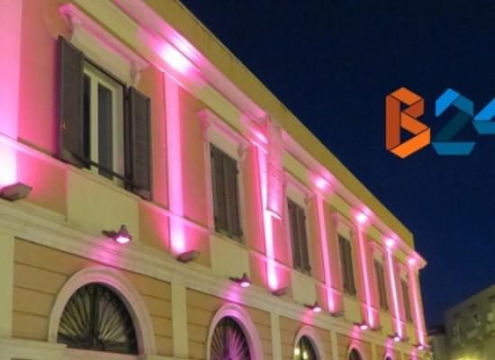 La Lega Italiana per la Lotta contro i Tumori tinge di rosa il Teatro Garibaldi / FOTO