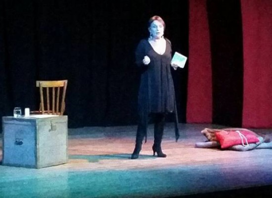 """Scena 84: I mille volti delle """"donne molto occupatissime"""" di Carmela Vincenti"""