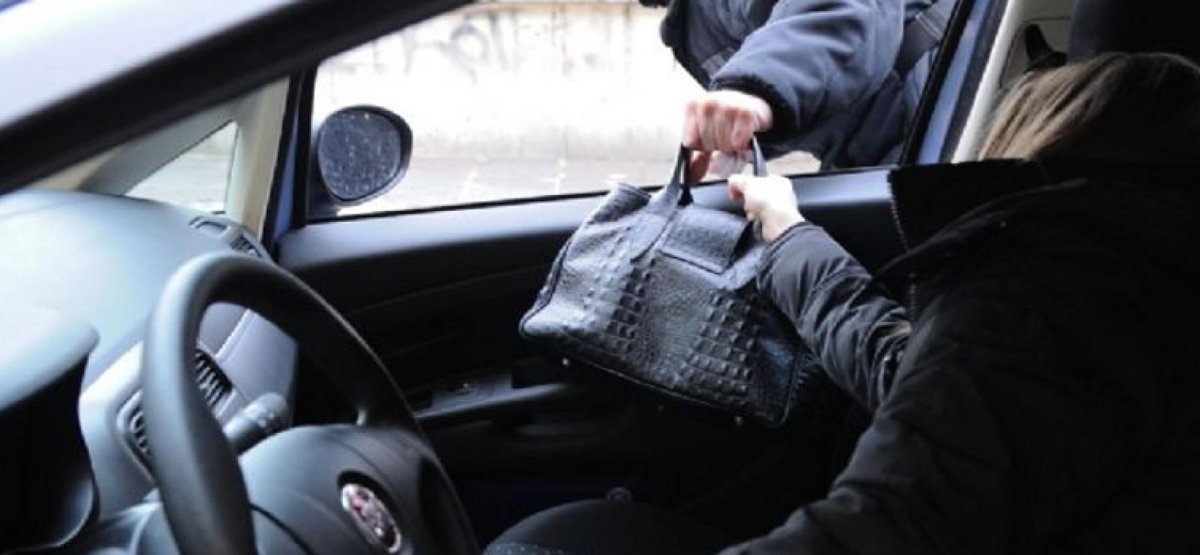 Tentativo di scippo in auto ad una donna ieri sera in via Brindisi