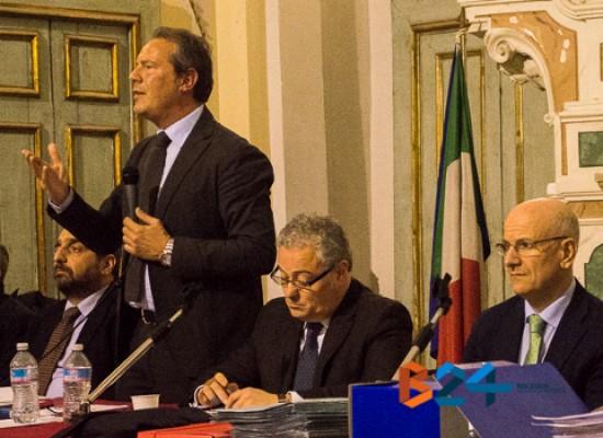 Consiglio comunale, tengono banco Tari e debiti fuori bilancio, scontro Napoletano-Casella