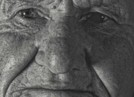 """Le """"facce da ulivo"""" di Cosmo Mario Andriani presentano il prologo della stagione teatrale"""