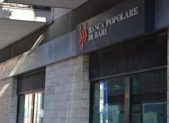 Rapina alla Banca Popolare di Bari, bottino di poche migliaia di euro