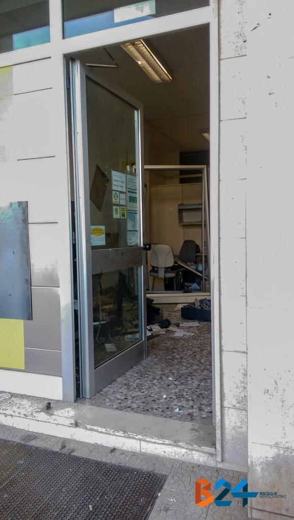 Foto rapina Bancomat Sant'Andrea-2