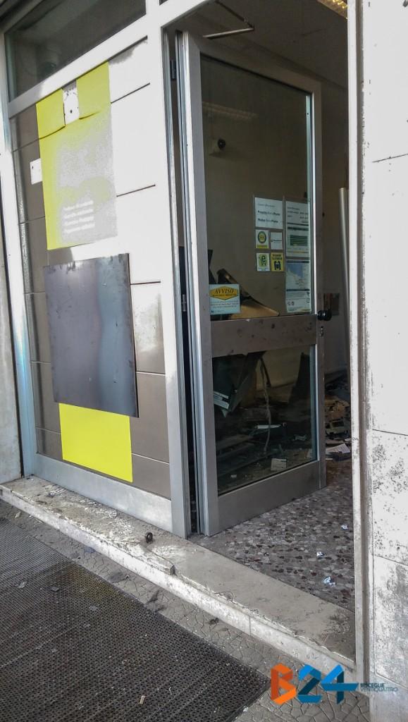 Foto rapina Bancomat Sant'Andrea-3