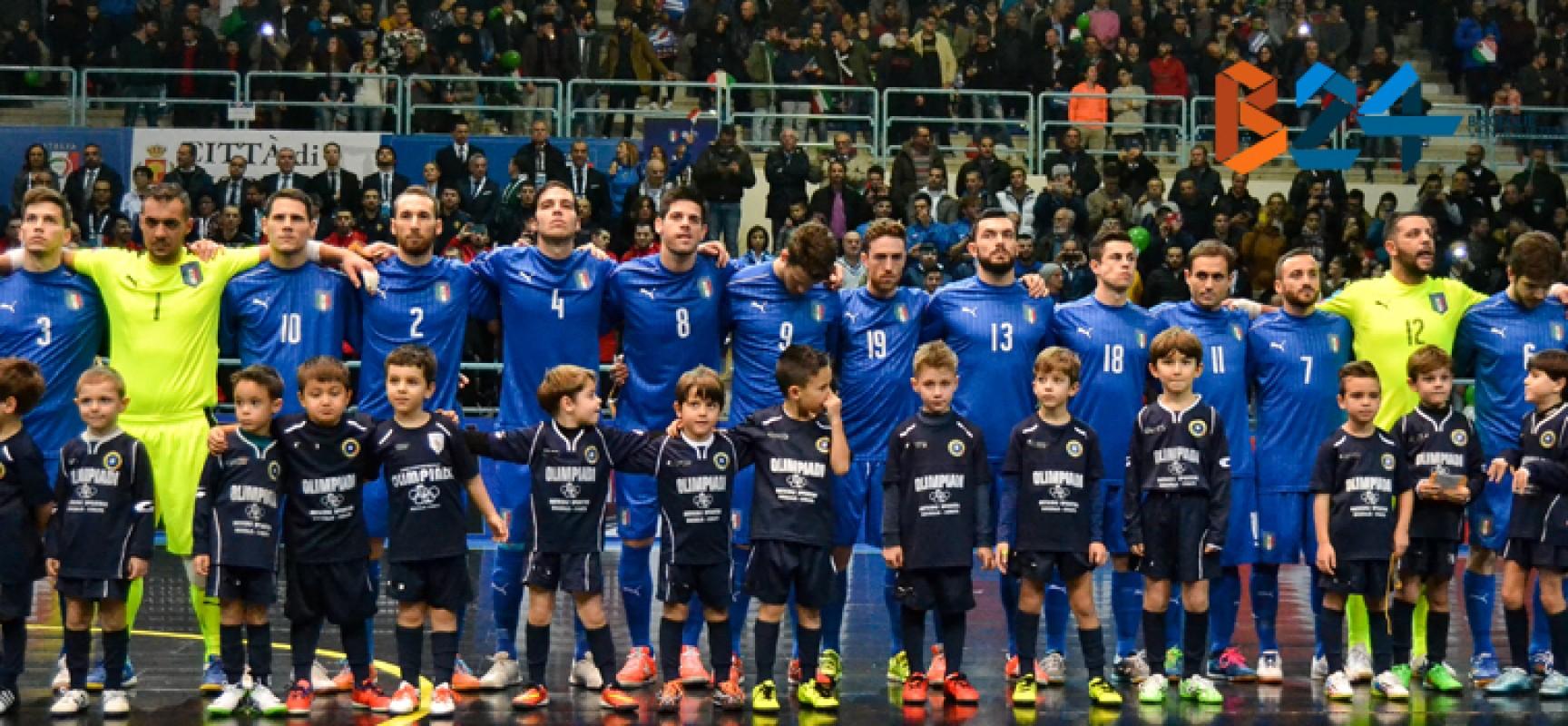 Grande notte al Paladolmen, in tremila per la Nazionale di futsal / FOTO