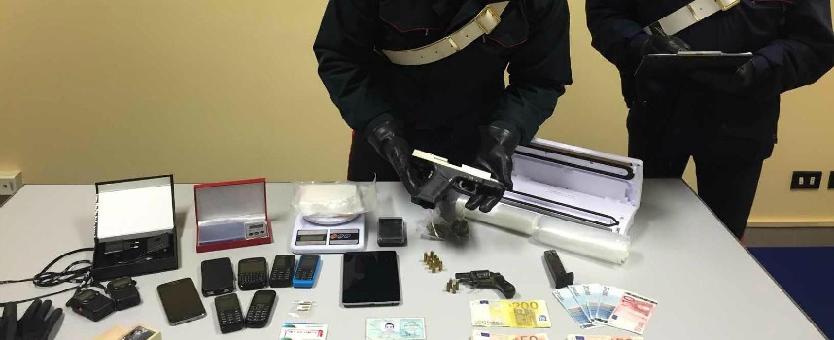 Ricercato da quattro anni arrestato a Bisceglie, beccato con armi e droga / FOTO