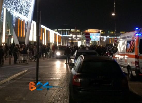 """Evacuato il centro commerciale """"Mongolfiera"""", allarme antincendio per un calo di tensione"""