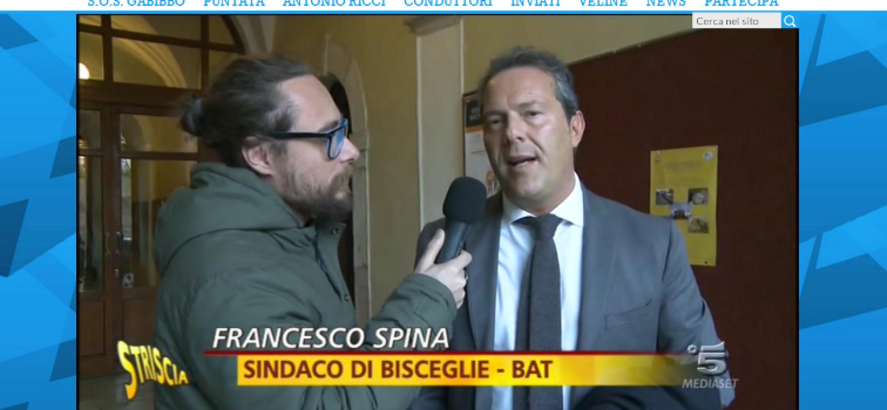 """Pinuccio di Striscia la Notizia da Spina, """"documento falso?"""" / AUDIO"""