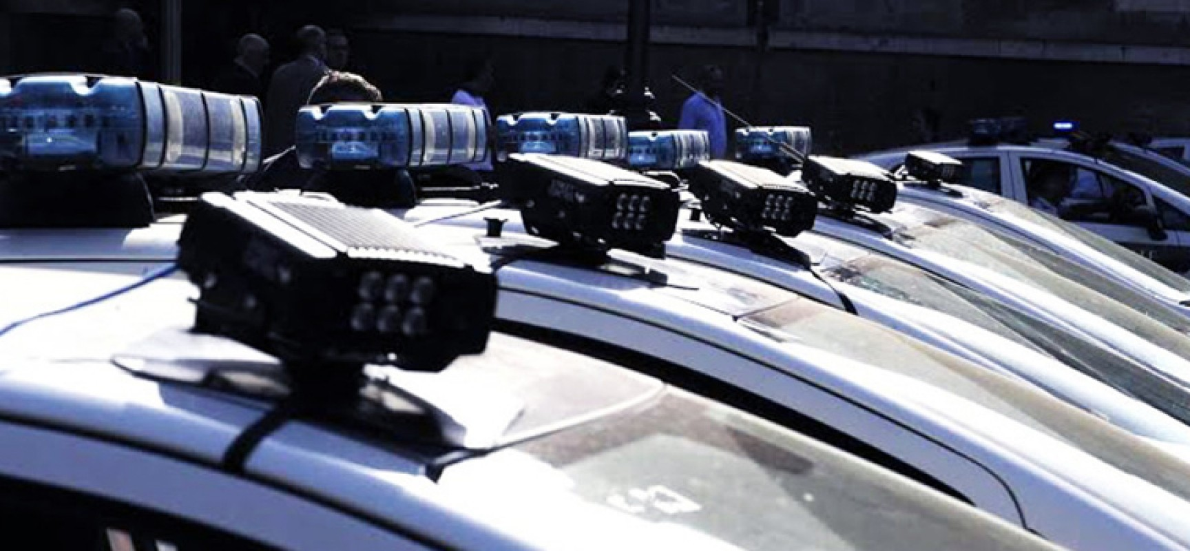 Tempi duri per automoblisti indisciplinati, arriva lo street control sulle vetture dei vigili