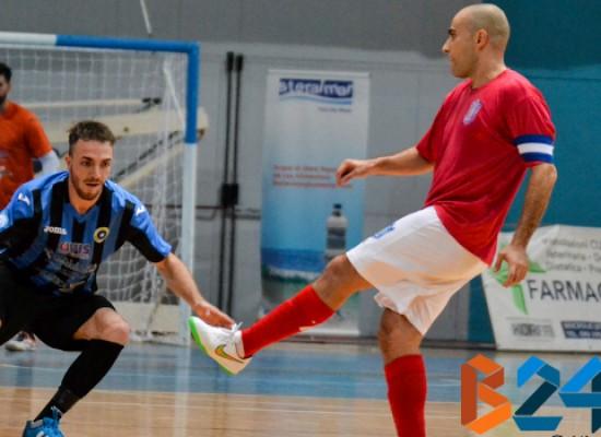 Pari pirotecnico del Futsal Bisceglie a Sammichele