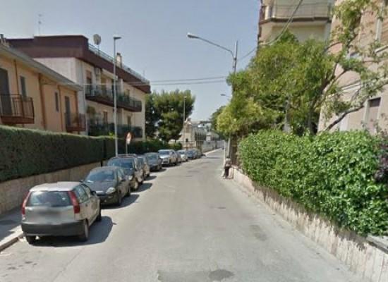 Pirata della strada investe dodicenne e fugge, polizia municipale sulle sue tracce