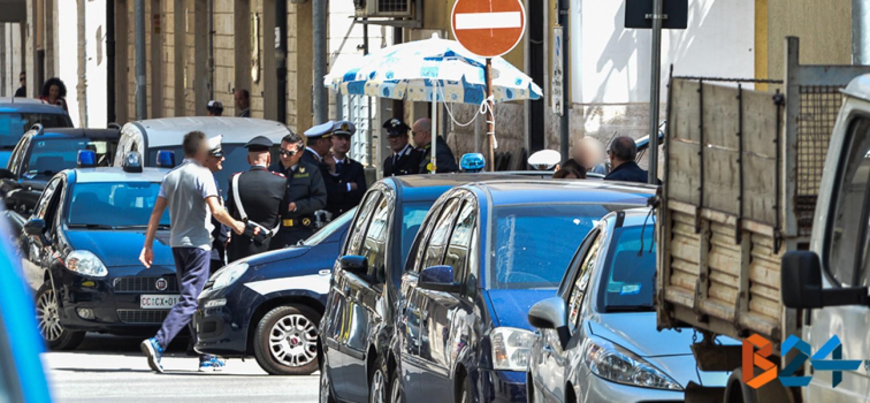 Giro di vite sull'occupazione di suolo pubblico: gli esiti dell'operazione delle forze dell'ordine