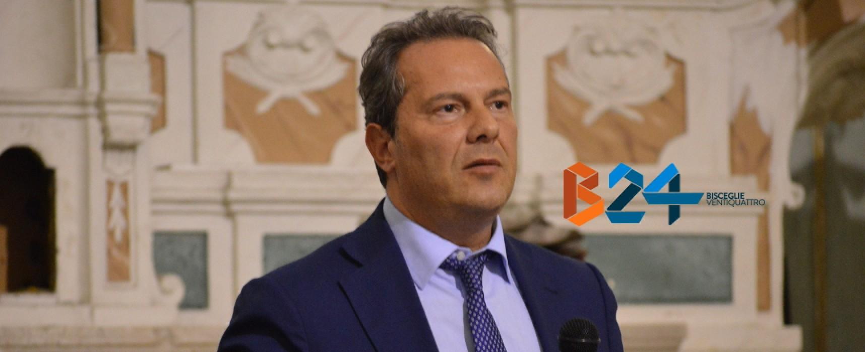 Il 25 luglio in consiglio comunale si discuterà l'incompatibilità del sindaco Spina