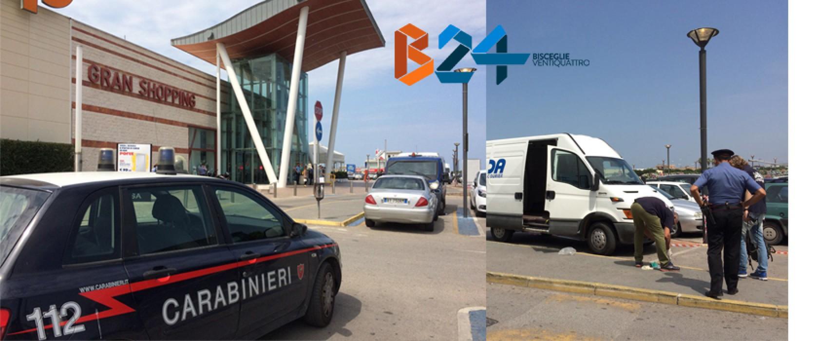 Paura al Gran Shopping Mongolfiera: assalto al portavalori, feriti due agenti / FOTO