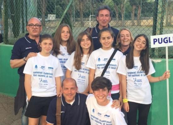 """La """"Battisti-Ferraris"""" presente alle finali Nazionali dei Campionati Studenteschi di tennis"""