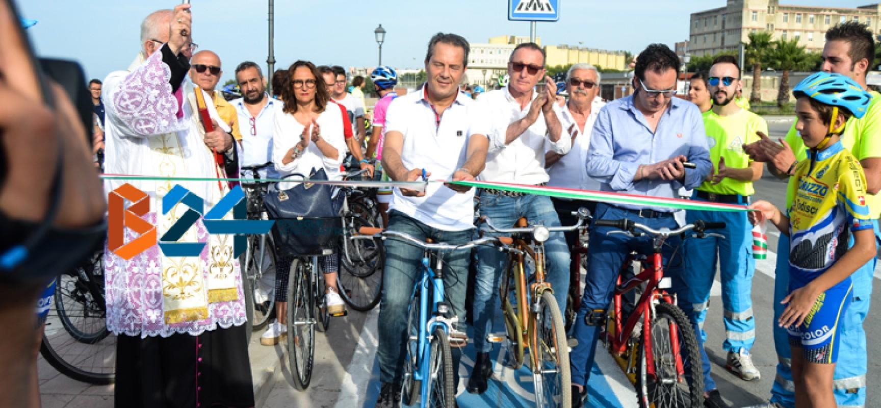 """Inaugurata la pista ciclabile, Spina: """"Vero progetto di mobilità sostenibile"""" / FOTO"""