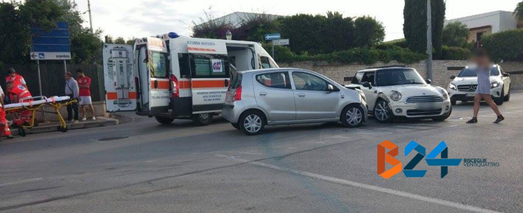 Scontro fra due auto in via Luigi Di Molfetta, ferita donna biscegliese