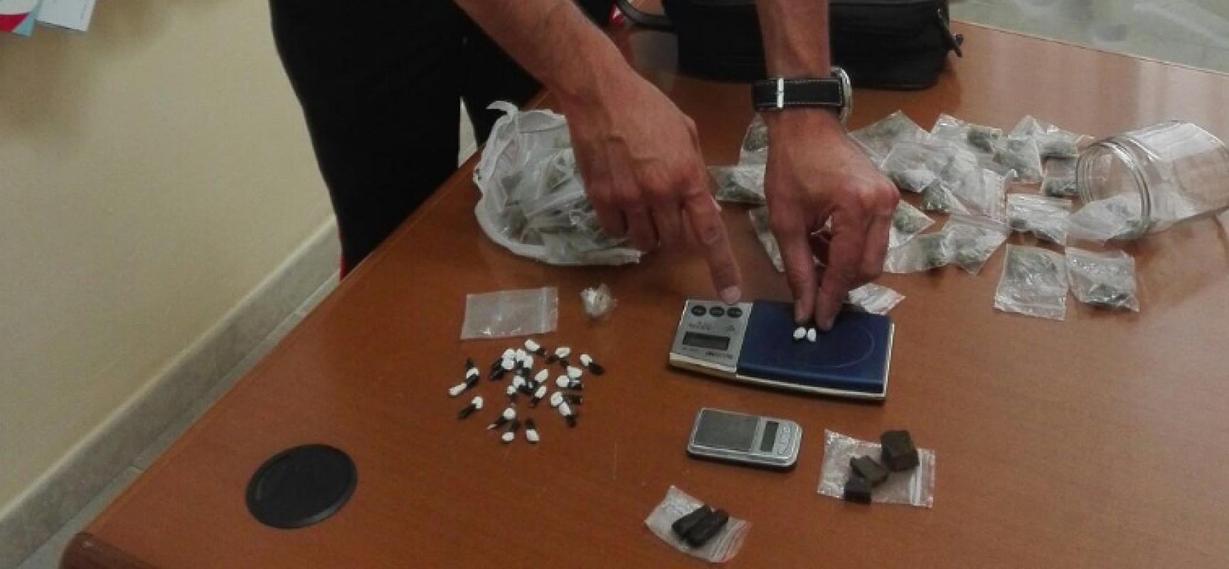 Ai domiciliari e in permesso lavorativo viene beccato in possesso di droga, arrestato 17enne biscegliese