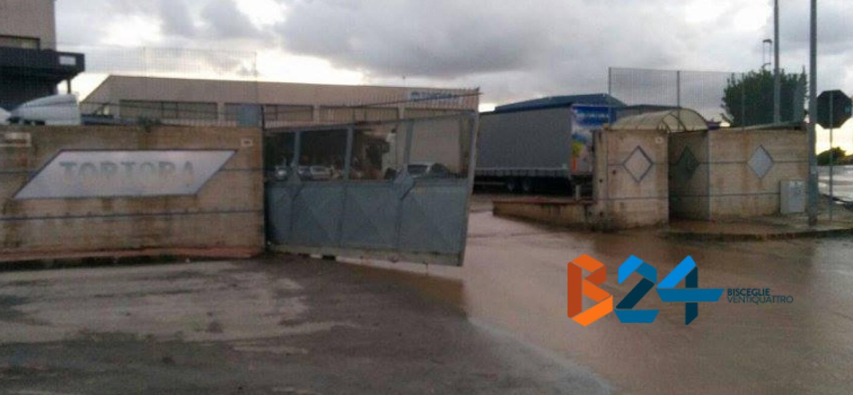 Maltempo: Lama di Macina, ferito operaio intrappolato dopo crollo di un muro