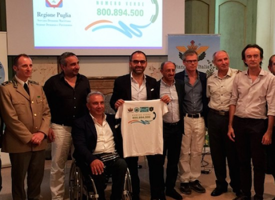 Presentato a Palazzo Tupputi il numero verde per reati ambientali sul demanio marittimo
