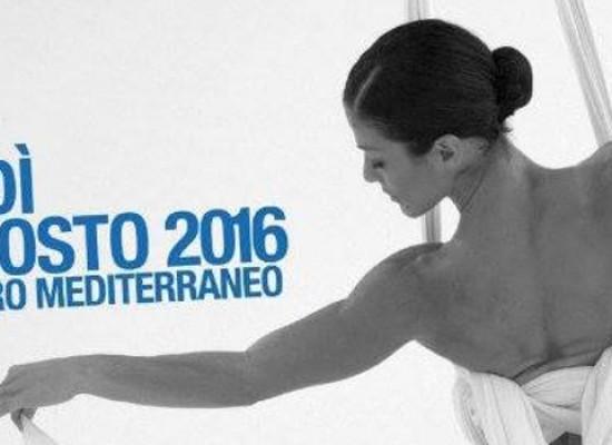 """""""Il canto di Itaca"""", spettacolo di danza aerea della Compagnia EleinaD al Teatro Mediterraneo"""