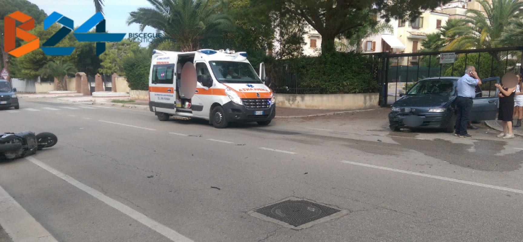 Incidente tra auto e scooter su via Sant'Andrea, trasportato al pronto soccorso il motociclista