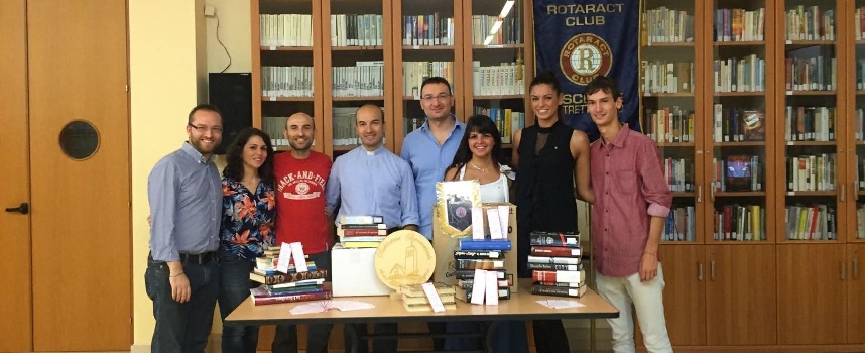 """La Biblioteca """"Don Michele Cafagna"""" dona 100 libri ai detenuti del carcere di Trani"""