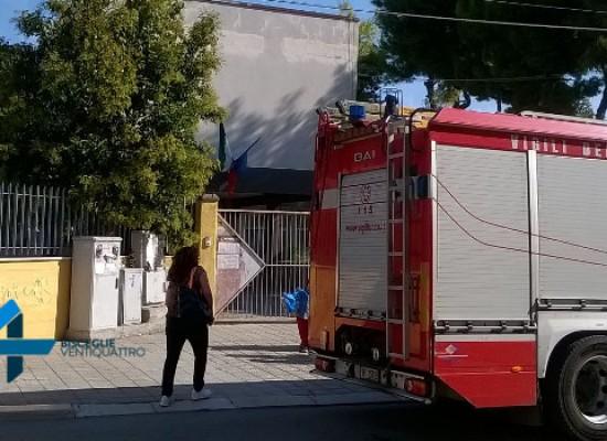 Scuola via Martiri di via Fani, il sindaco dispone le prove di carico sulle aule allagate
