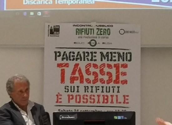 """""""Rifiuti zero"""" a Bisceglie, Rossano Ercolini  parla di smaltimento e riutilizzo rifiuti / FOTO"""