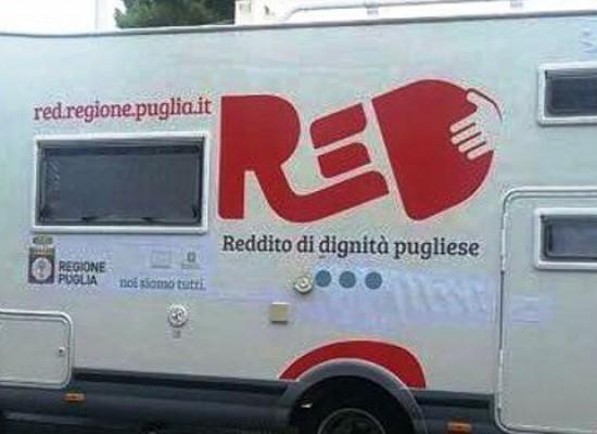 Reddito di dignità, il camper ReD fa tappa anche a Bisceglie