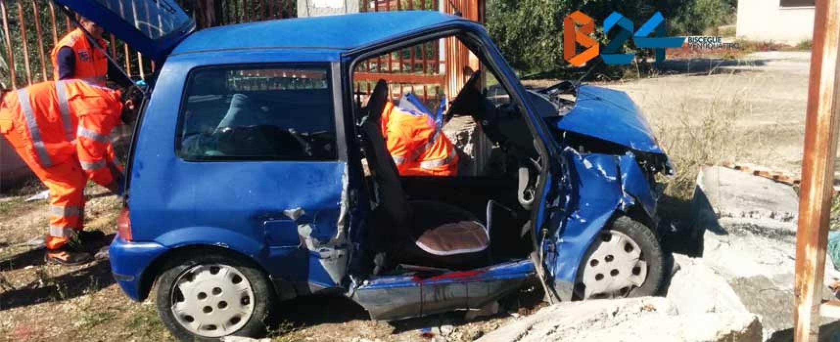 Auto si schianta sulla Bisceglie-Andria, morto 53enne