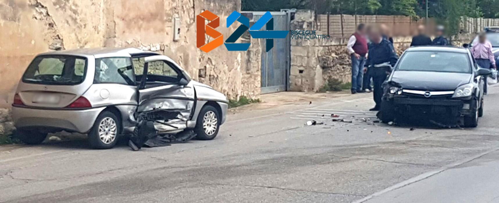 Incidente su via Imbriani, 80enne al pronto soccorso