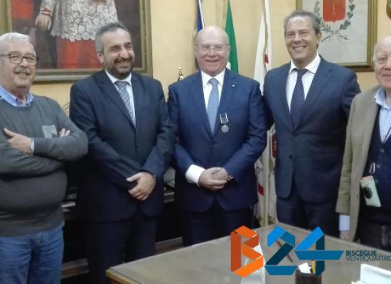 """Il Generale Preziosa, insignito della """"Mérito Santos-Dumont"""", omaggiato a Palazzo San Domenico"""