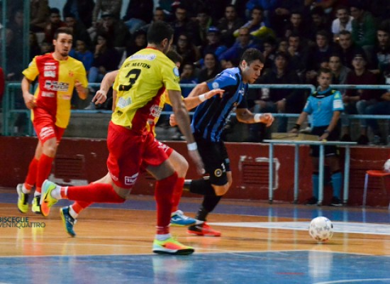 Pirotecnico 6-6 tra Futsal Bisceglie e Cisternino, al PalaDolmen vince lo spettacolo