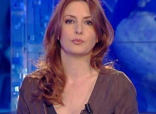 """Fondazione Dcl, la giornalista Barbara Carfagna inaugura """"Un caffè al centro d'ascolto"""""""