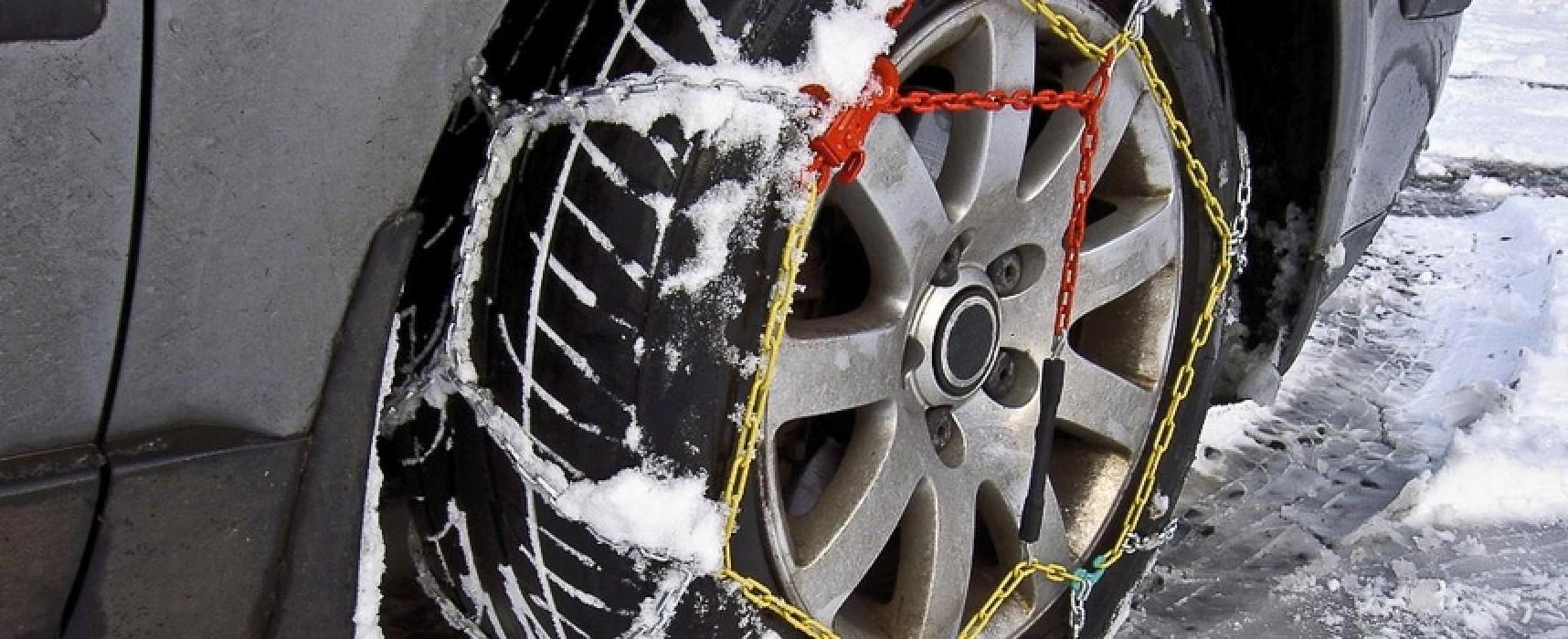 Dal 15 novembre obbligo catene a bordo o pneumatici invernali / DETTAGLI