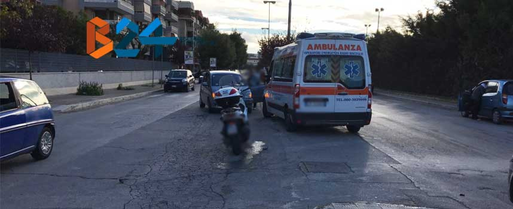 Incidente in via San Martino, motociclista al pronto soccorso / FOTO