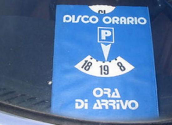 Più difficile trovare parcheggio dopo attivazione Ztl, arriva il disco orario su Corso Umberto