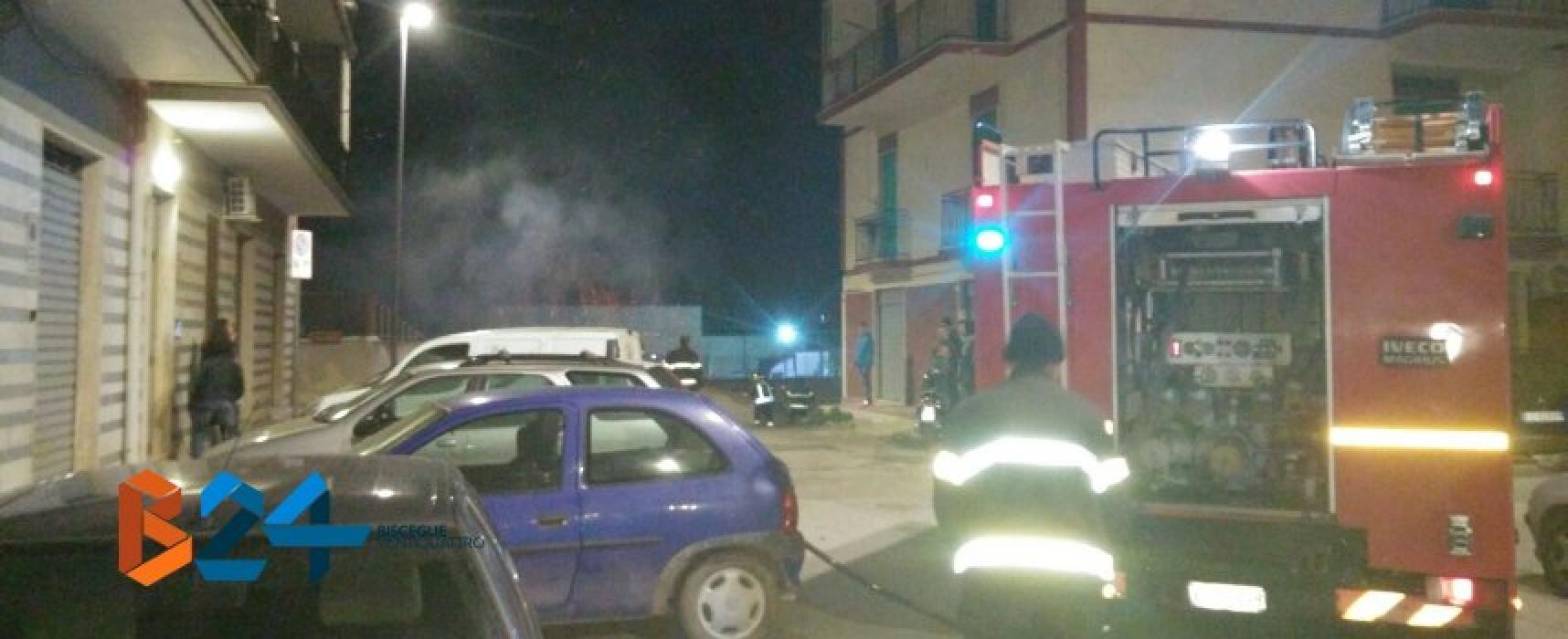 Scooter dato alle fiamme ieri sera in via Trani