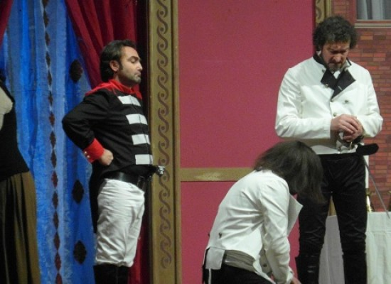 """""""Molto rumore per nulla"""", la Compagnia dei Teatranti porta in scena l'Uomo / FOTO"""
