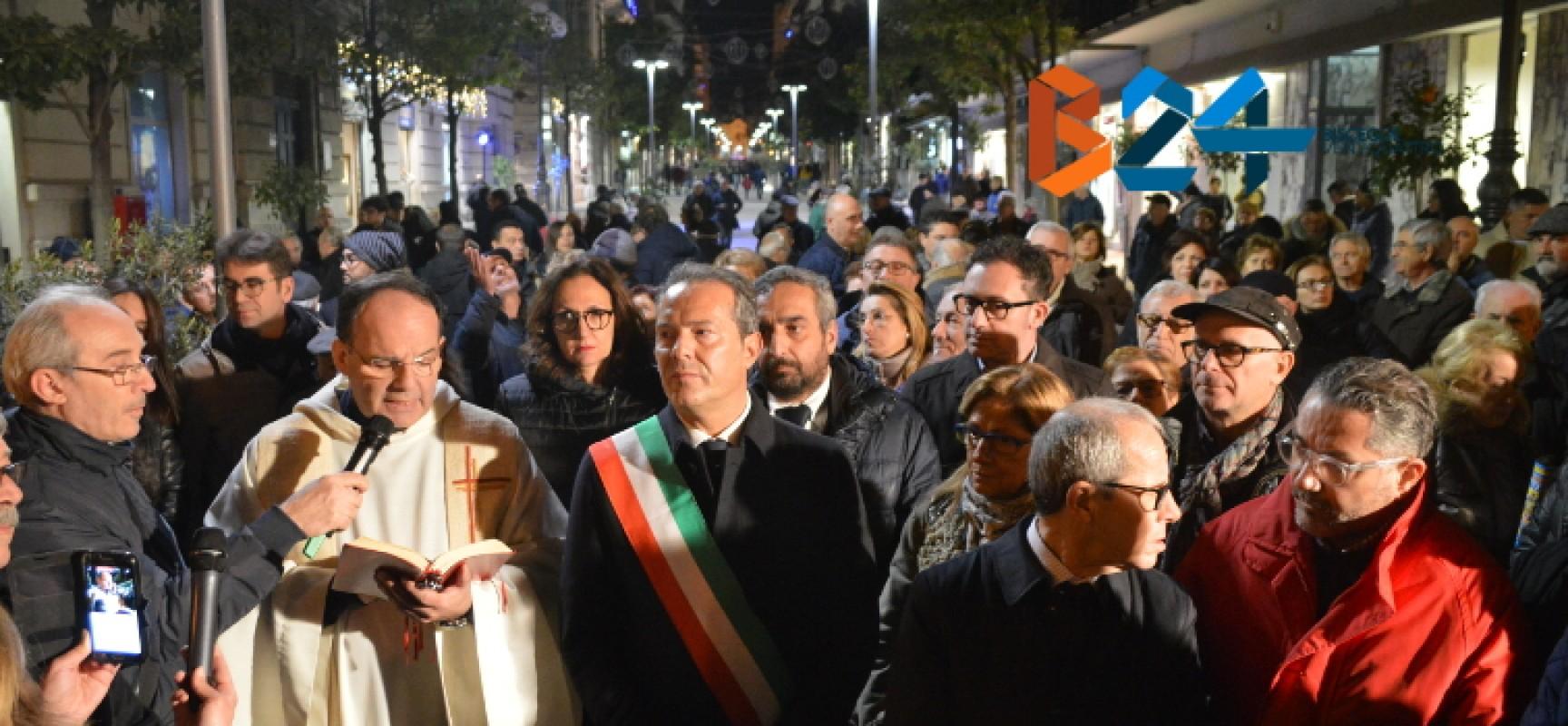 """Via Aldo Moro pedonale, Spina: """"Centro commerciale a cielo aperto, polmone economico della città"""" / FOTO"""
