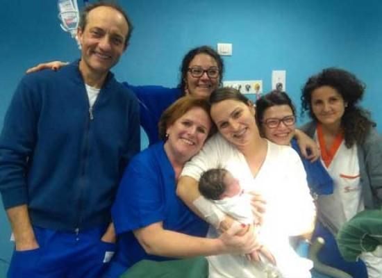 È Noemi la prima nata del 2017 all'ospedale di Bisceglie