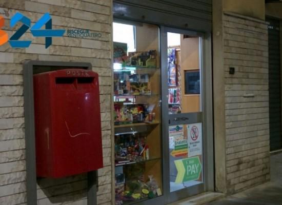 Rapina a mano armata ieri sera alla tabaccheria in via Cavour